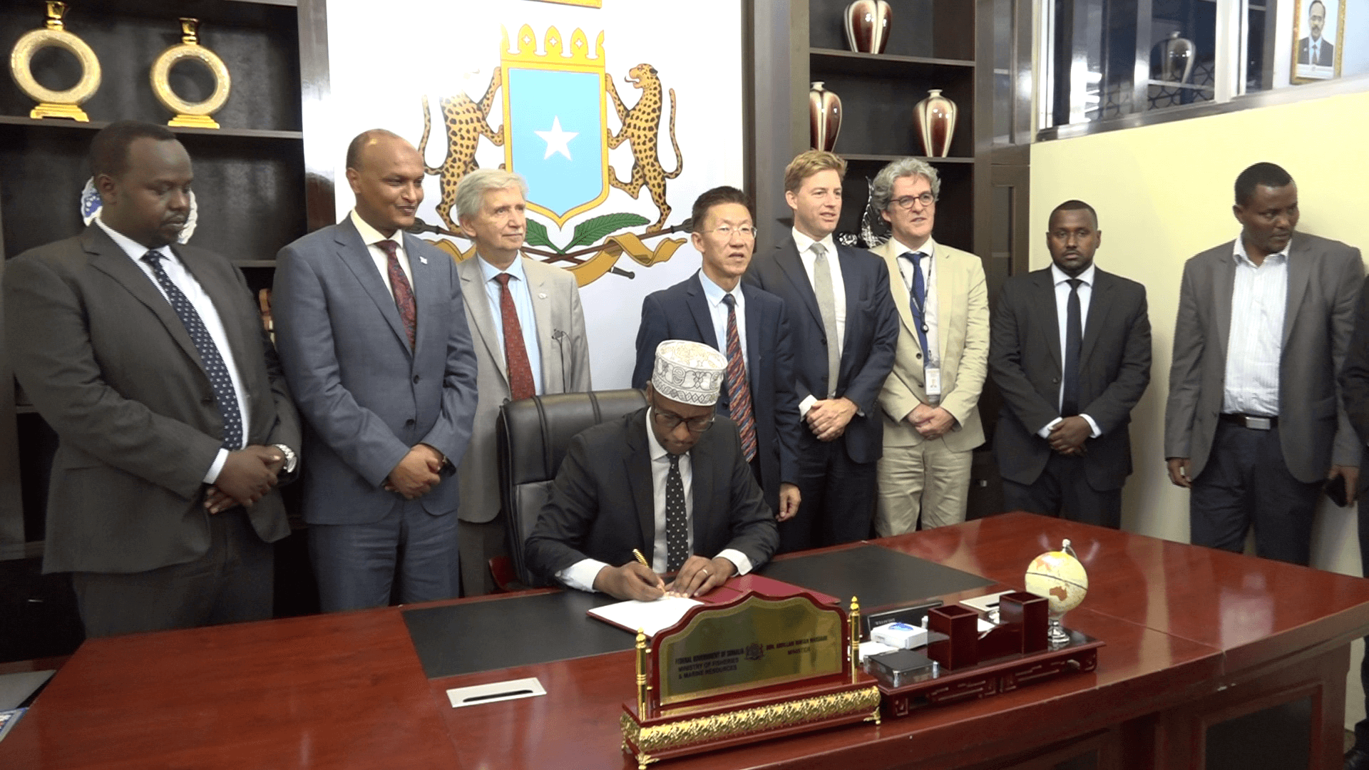 Photo: Somalia Launches Singing of Offshore Tuna Licenses