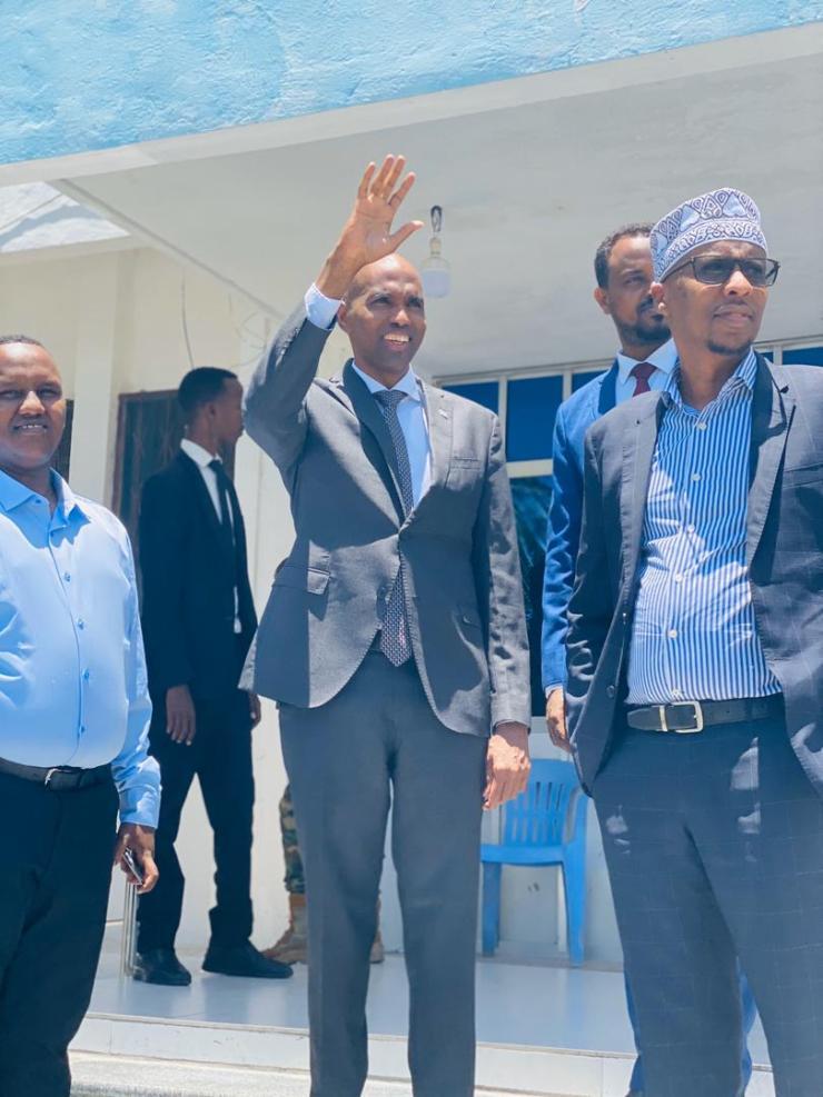 Photo: RW Khayre Oo Kormeeray Wasaaradaha Kalluumeysiga , Haweenka, Warfaafinta Iyo Dekadda Muqdisho